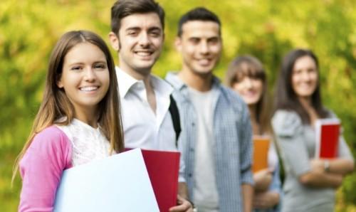 Готови за успех дава стипендии на 94 студенти и 22 ученици