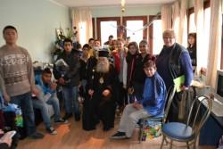 Митрополит Гавриил с новогодишно дарение за децата от 3-те ЦНСТ в Ловеч