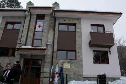 Близо 80% от сираците, настанени в Шарената къща, са си намерили работа