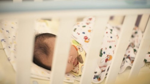 Благодетел дава по 1000 лв. на новородено и по 200 лв. на първокласник