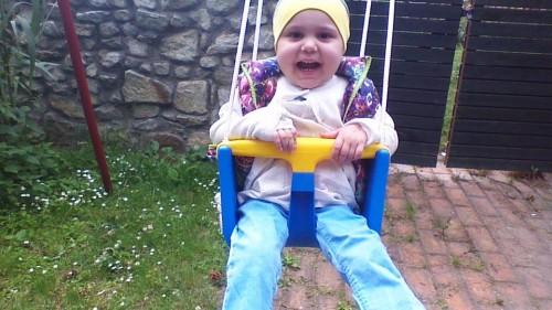 2-годишната Бети има нужда от Вашата помощ, за да живее