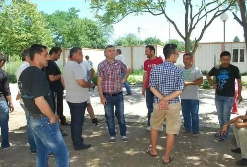 И бежанците в помощ на пострадалите във Варна