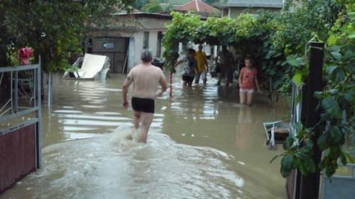 БЧК организира акция в помощ на наводнените градове и села