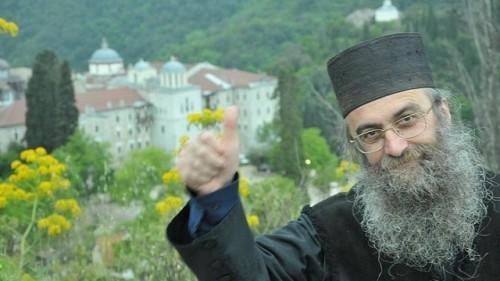 Зов за помощ: Отец от Зографския манастир се нуждае от лечение