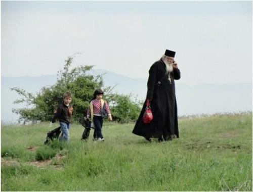 Румен Христов направи дарение за Дома на отец Иван по повод празника Покров Богородичен