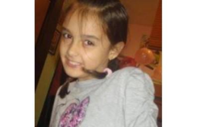 Родители даряват неизразходваните средства от операцията на дъщеря им на други деца в нужда