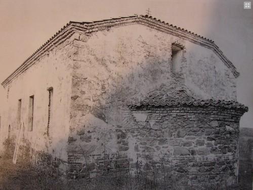 В село Белила искат отново да чуят празничен камбанен звън