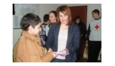 Децата без родители в Дряново с подаръци от Общината