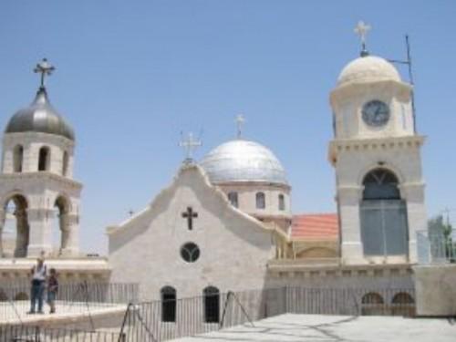 Българи от отвъдокеанската ни епархия помагат на страдащи християни в Сирия и Ирак