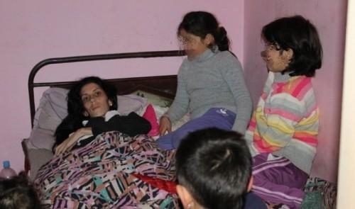 25-годишна майка на 5 деца гасне от рак