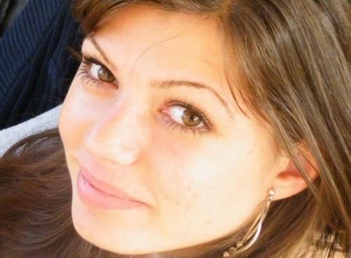 Ани се нуждае от лечение в чужбина. Нека ѝ помогнем!