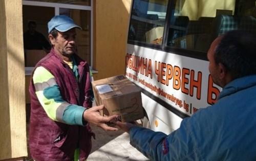 Червен бряг изпрати 1587 пакета с хранителни продукти за хората в Мизия