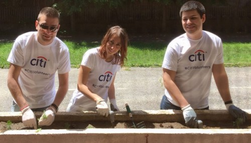 Доброволците от Citi помогнаха на дневен център Здравец - Банско