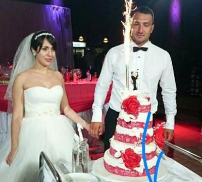 Младоженци дариха събраните пари от сватбата си за благотворителност