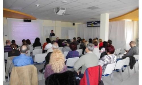 Сдружение Усмивка стартира програма за обучение