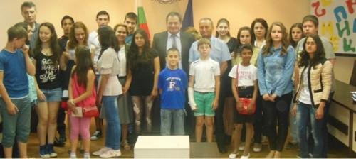 Дарители подпомогнаха талантливи деца в Силистренско