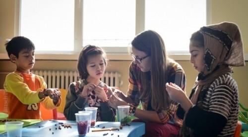 Бъди доброволец в бежански център в София
