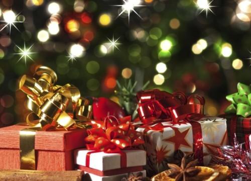 Holiday Heroes събират играчки за деца в нужда