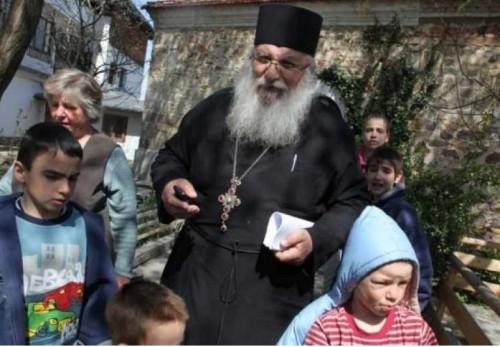 Ново дарение за дома в Нови хан от задокеанската ни епархия