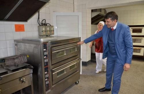 Австрийци дариха ново кухненско оборудване на дом за възрастни с увреждания в Пловдив
