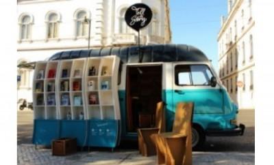 Млад българин събира средства за библиотека на колела в Родопите