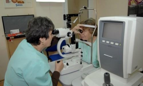 Преглеждат безплатно за глаукома и катаракта в УМБАЛ Свети Георги