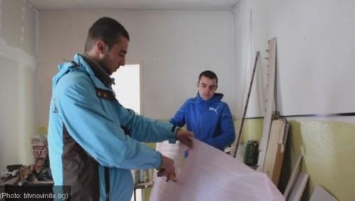 Най-младият кмет в Родопите си ремонтира сам кметството