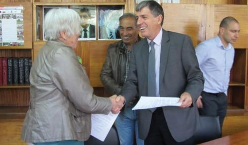 Немци дариха 8000 евро на берковски семейства