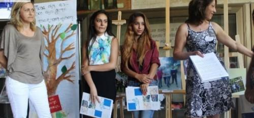 Откриха благотворителна изложба в Русе
