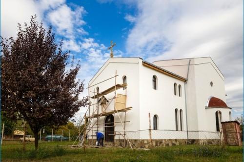 Мъж от Севлиево се отказа от подаръци на юбилея си в полза на дострояващ се православен храм