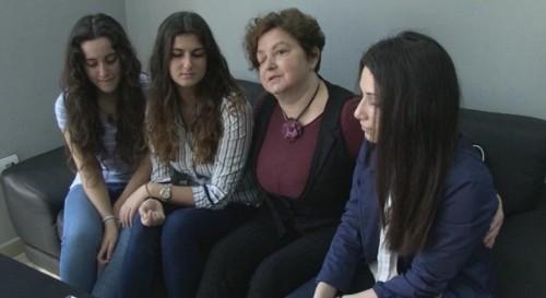 Ученици събират средства за болната си учителка в Бургас