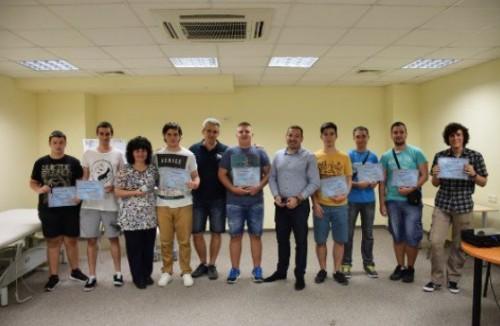 Пловдивска гимназия предлага професионална реализация и мотивация на учениците