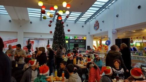 Националното сдружение на сираците в България подари  Коледно тържество на сираци