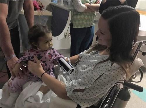 Студентка дари черен дроб на бебе, за което се грижи