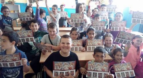 Великденски образователни книжки получиха преди ваканцията ученици в цялата страна
