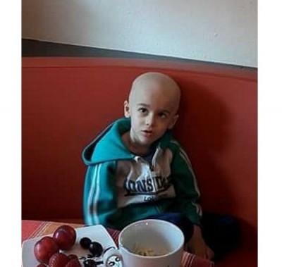 Средствата от кампанията Спаси икона са дарени на болно дете