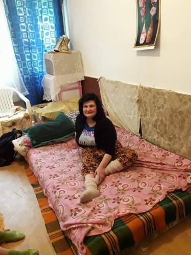 Вдовица с дъщеря и болна сестра се нуждае от бойлер или пералня