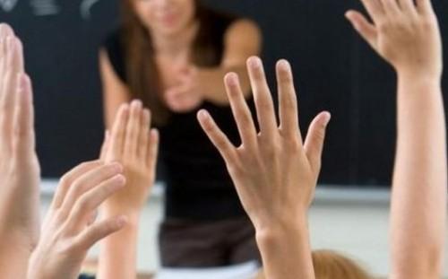 Учители – пенсионери дават безплатни консултации по български език