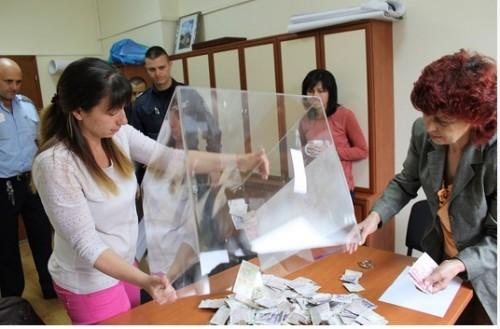 700 лева събраха дарители на събор за строежа на храм в Хасково