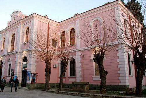 Бургаската библиотека търси доброволци за лятото