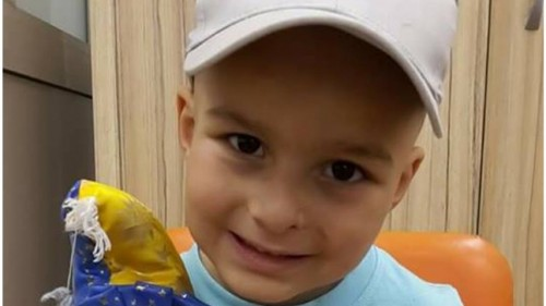 4-годишният Криско в борба с най-коварната болест - рак