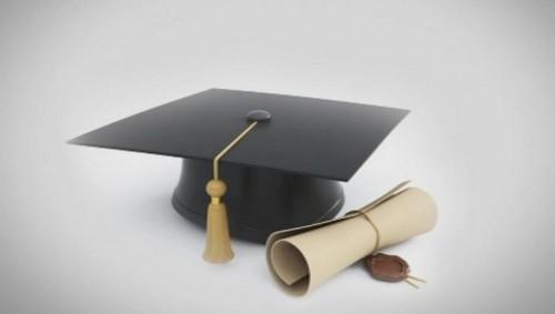 Стипендия за студент в медицинска специалност търси своя победител - с удължен срок