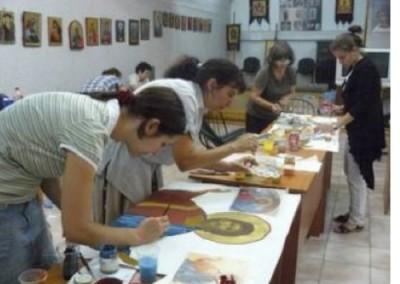 Започна записването за просветните курсове в столичния храм Покров Богородичен