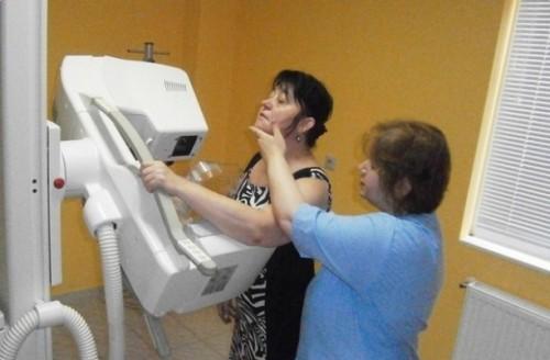 Организират благотворителен концерт за борба с рака на гърдата в Казанлък