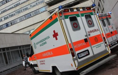 Пациенти дариха на ВМА линейки и нова регистратура