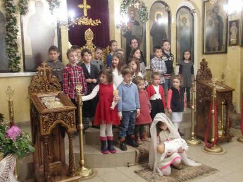 """В храм """"Св. Андрей Първозвани"""" с успех се проведе благотворителен базар в подкрепа на нуждаещо се семейство"""