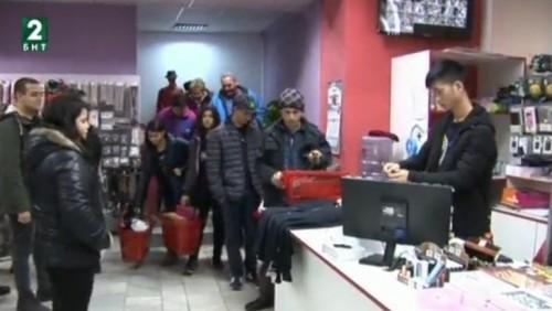 Младежи от Силистра помагат на деца без родители