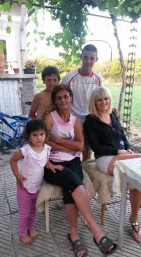Петя и 3-те й деца в тежко материално положение