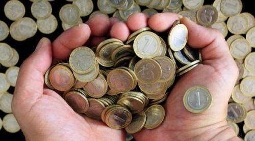 Възрастен мъж дари спестяванията си за ремонти в селото