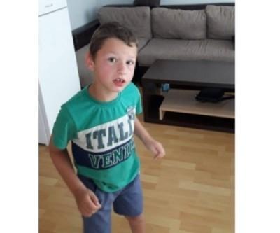 Благотворителен базар за 7-годишния Янис от Ботeвград
